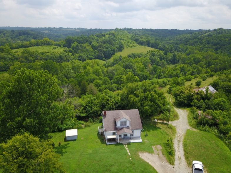 real estate photo 1 for 1250 Clarks Creek Rd Dry Ridge, KY 41035