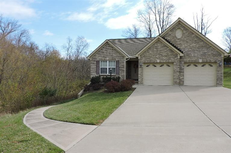 real estate photo 1 for 1176 Hunters Rdg Hebron, KY 41048