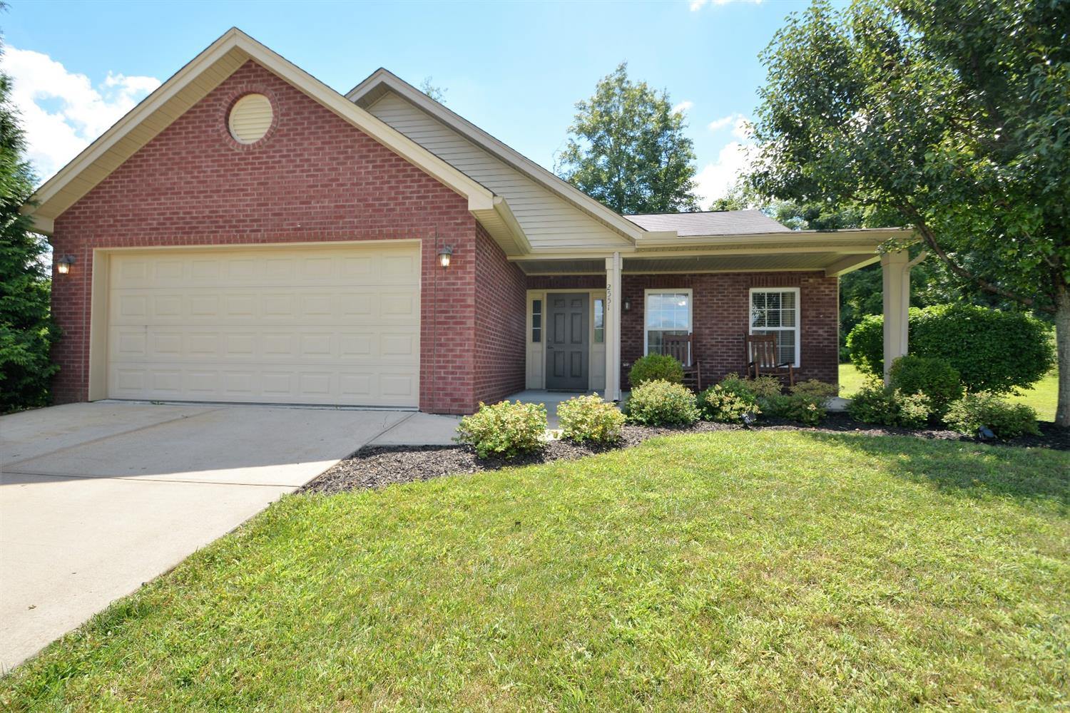 real estate photo 1 for 2551 Samantha Dr Burlington, KY 41005