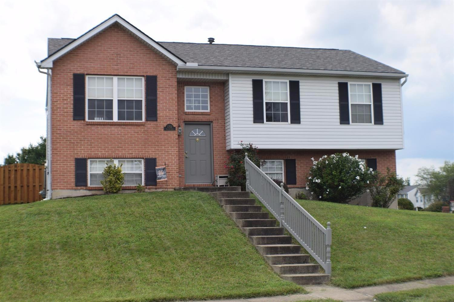 real estate photo 1 for 2757 Berwood Ln Hebron, KY 41048