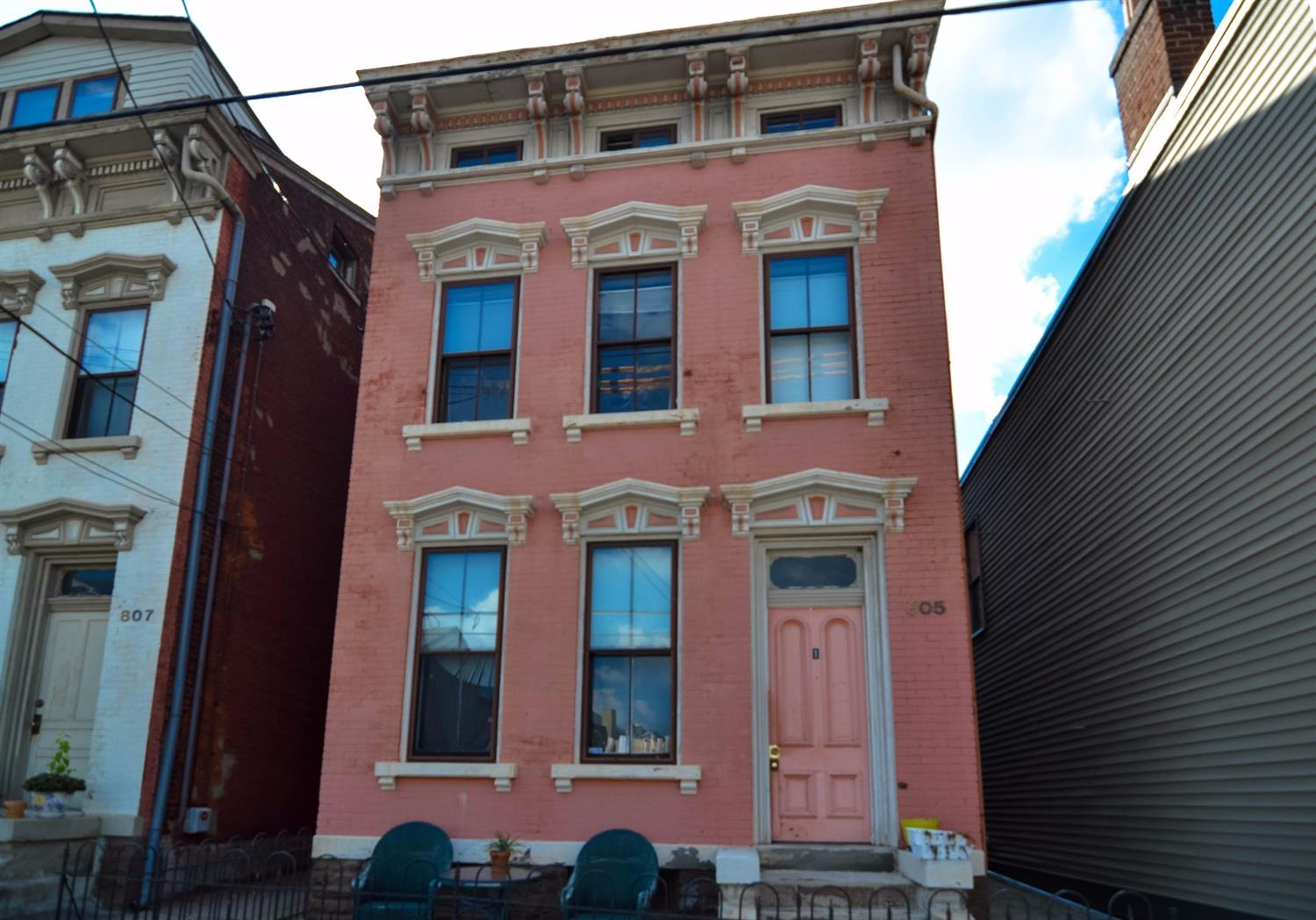 real estate photo 1 for 805 807 Main St Covington, KY 41011