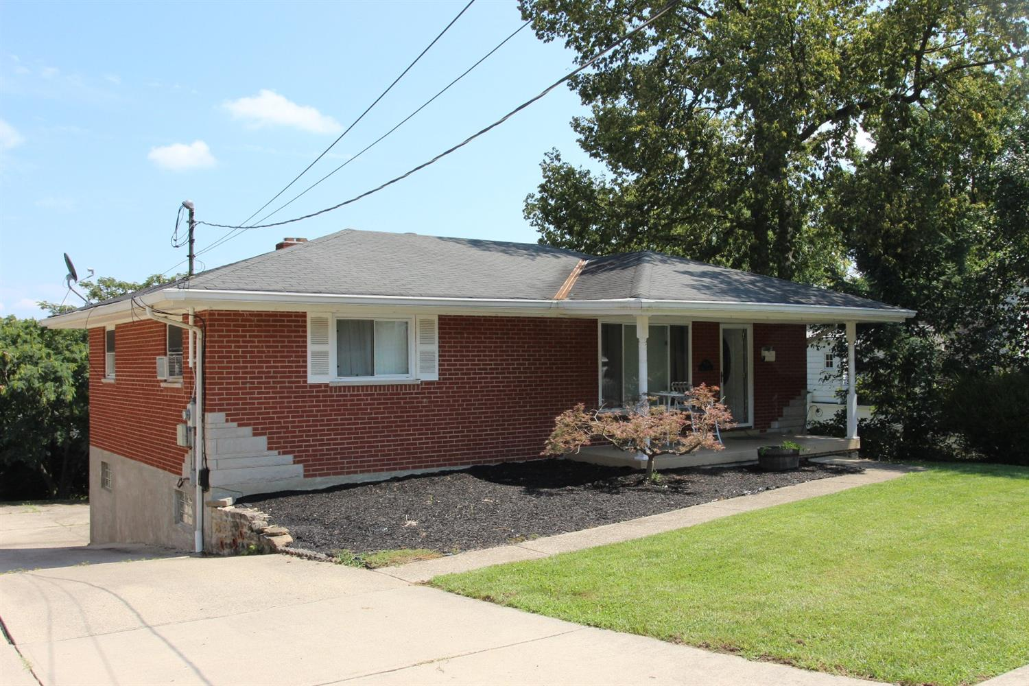 real estate photo 1 for 350 Hazen St Ludlow, KY 41016