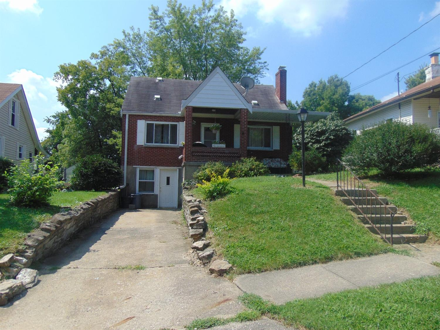 real estate photo 1 for 142 Carlisle St Elsmere, KY 41018