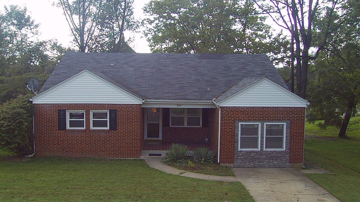 real estate photo 1 for 316 N Adams St Owenton, KY 40359
