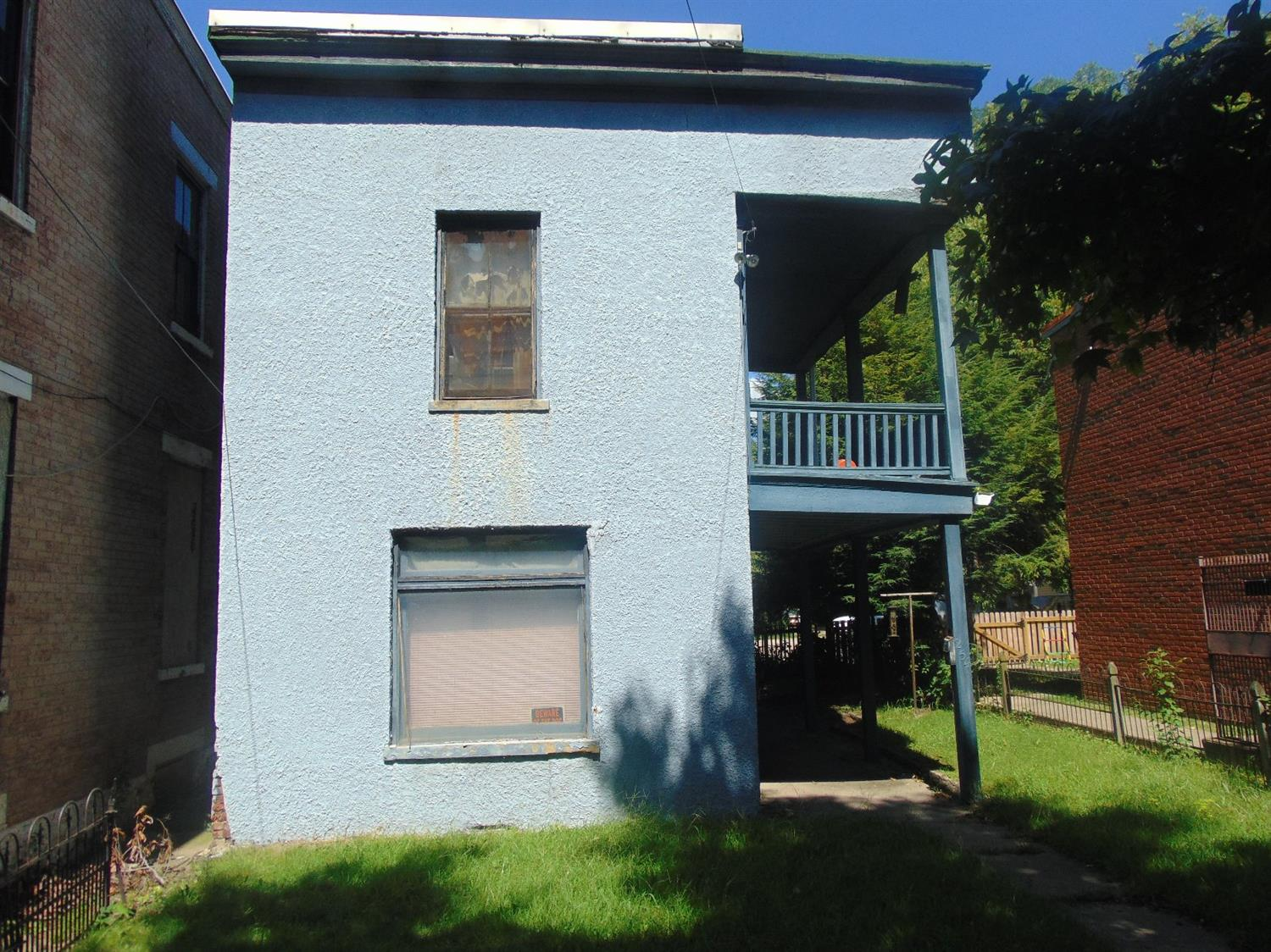 real estate photo 1 for 254 W 8th St Covington, KY 41011