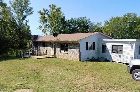 real estate photo 1 for 3562 Carlisle Rd Carrollton, KY 41008