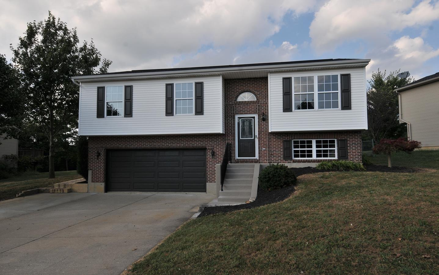 Photo 1 for 203 Brentwood Dr Dry Ridge, KY 41035
