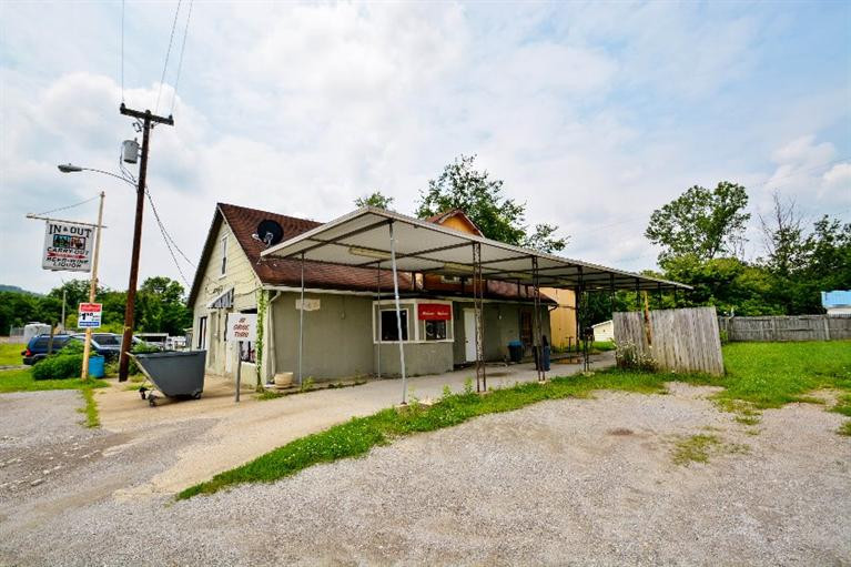 real estate photo 1 for 105 W Hwy 467 Sparta, KY 41086