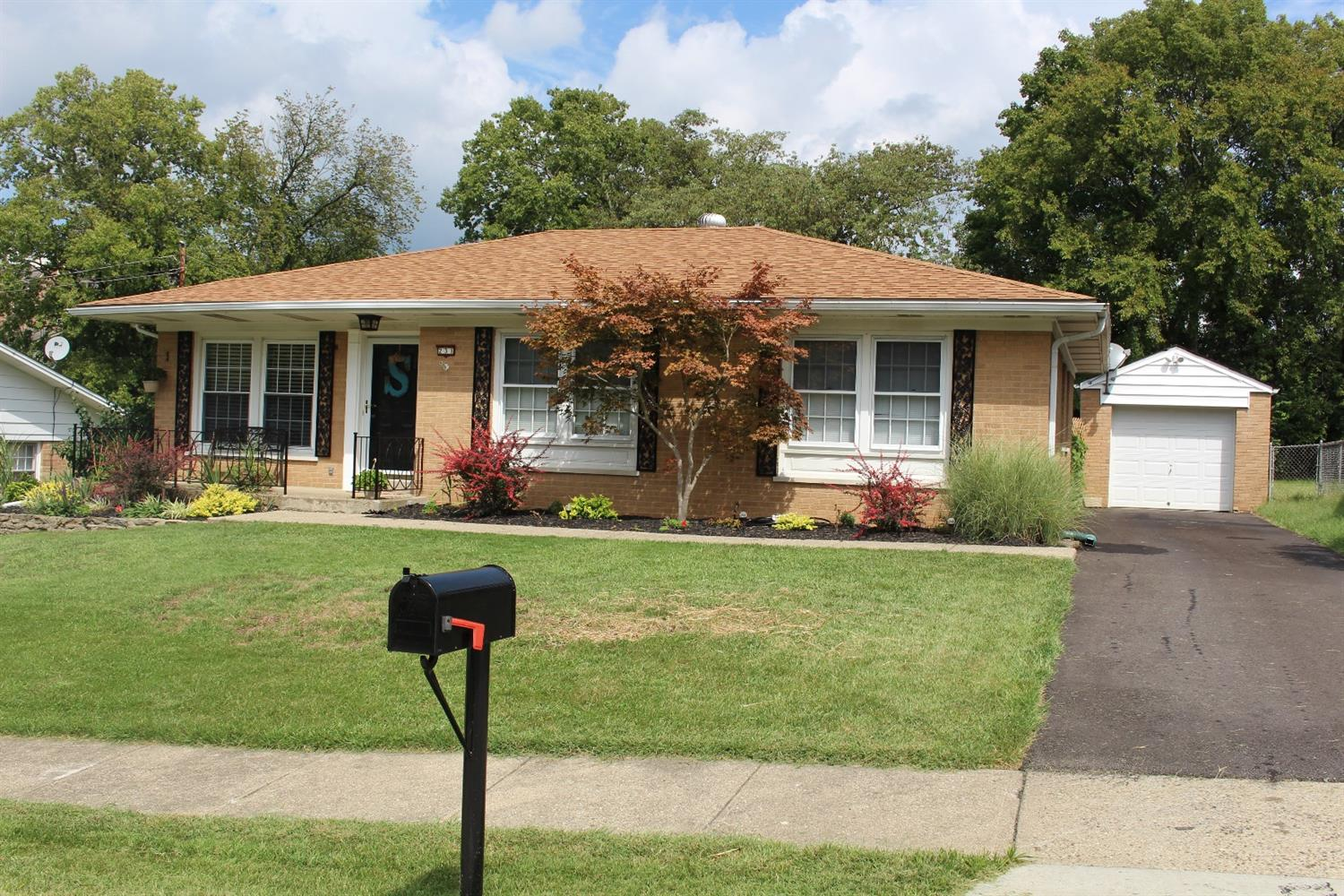 real estate photo 1 for 231 Knollwood Dr Highland Heights, KY 41076