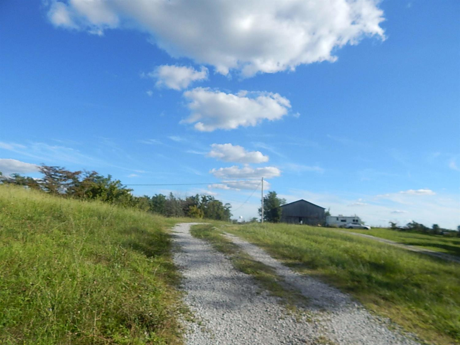 real estate photo 2 for 6938 Highway 22 W Falmouth, KY 41040