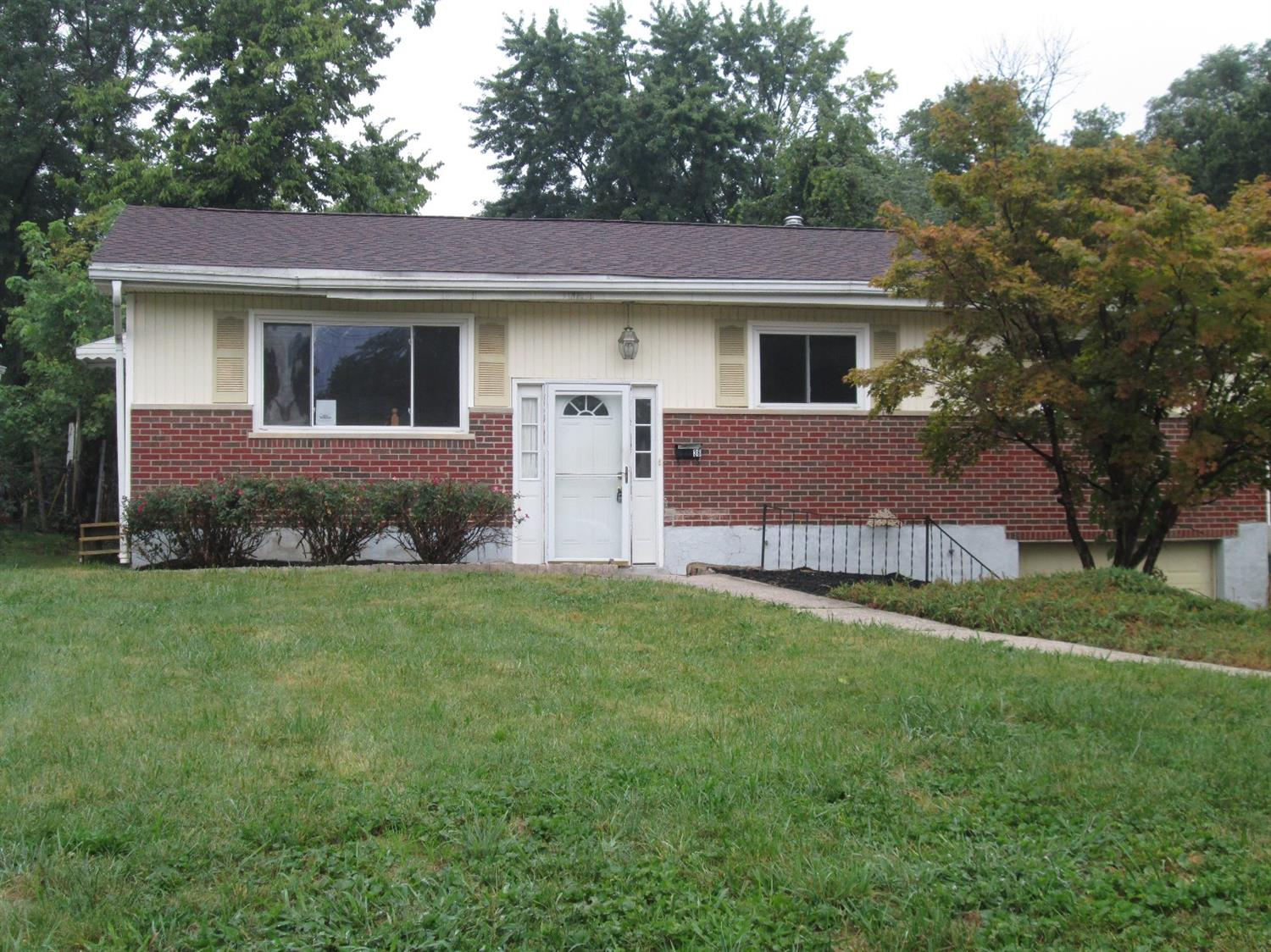 real estate photo 1 for 36 Sweetbriar Ave Florence, KY 41042
