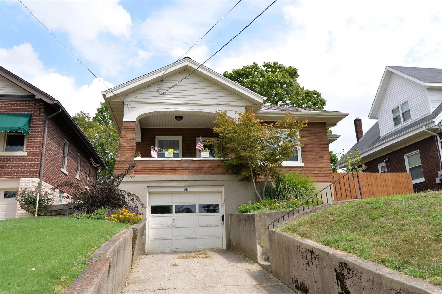 real estate photo 1 for 22 S Grand Ave Fort Thomas, KY 41075