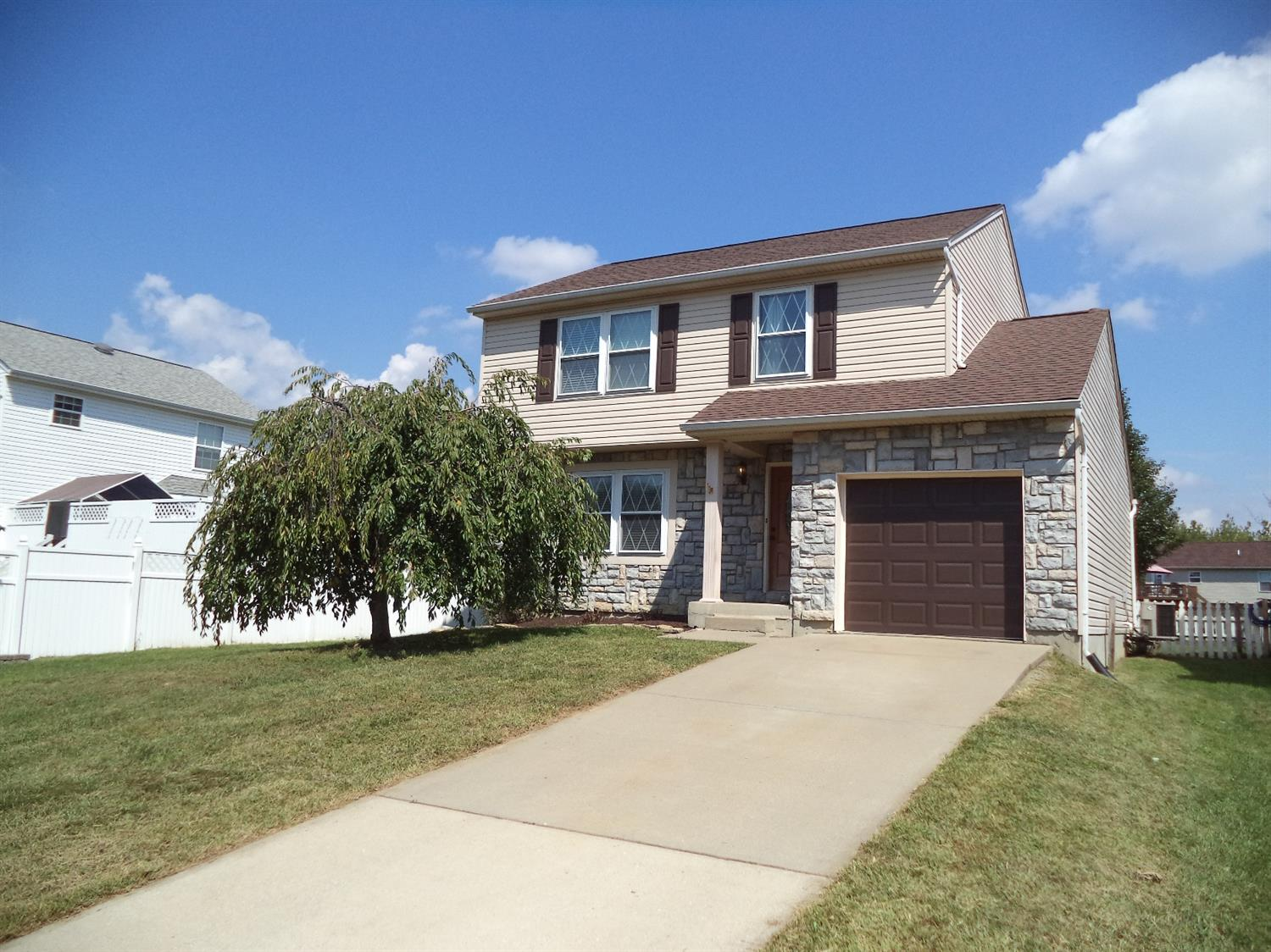real estate photo 1 for 3734 Jonathan Dr Hebron, KY 41048