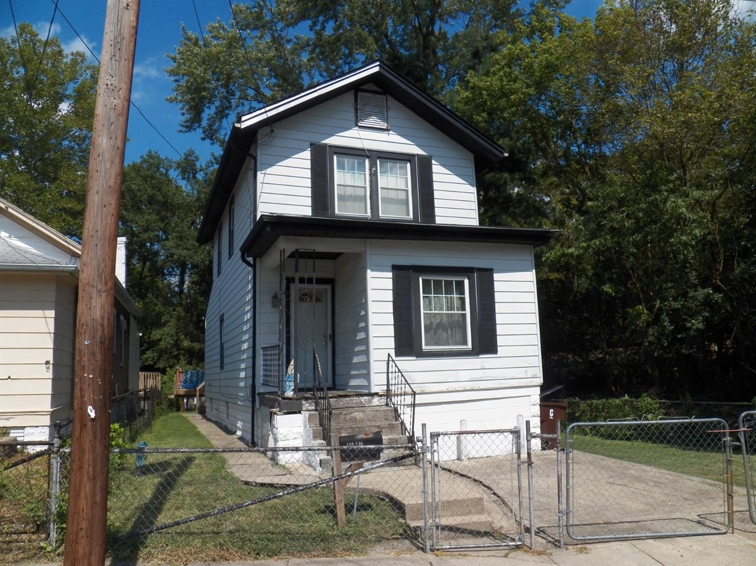 real estate photo 1 for 410 E 46th St Covington, KY 41015