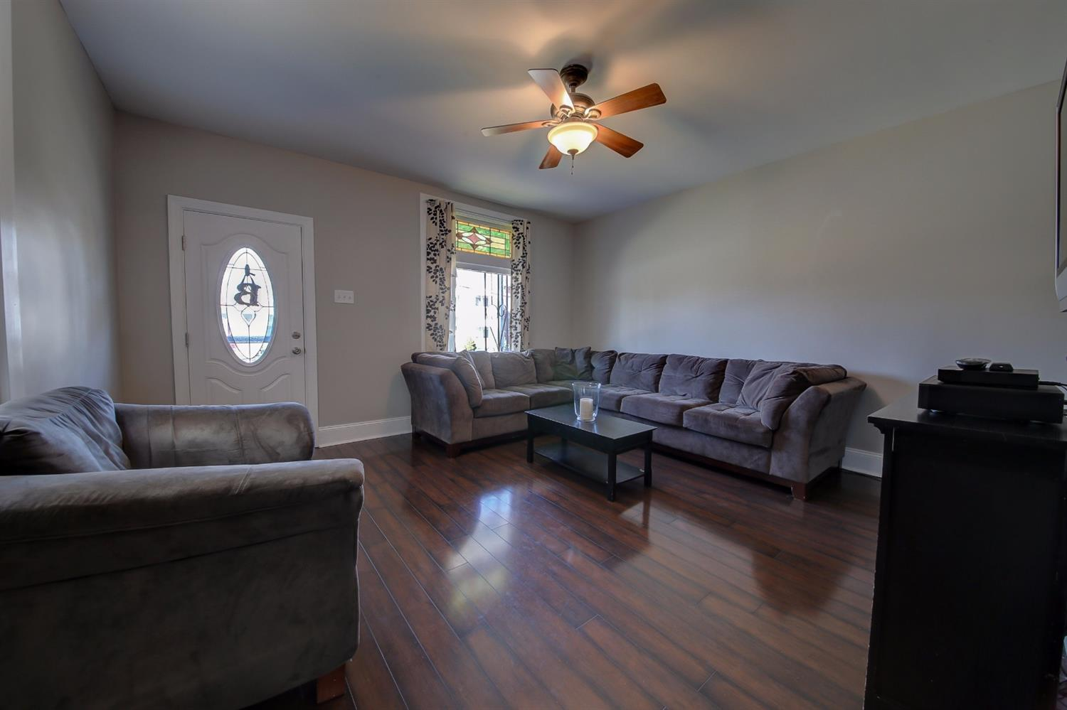 real estate photo 2 for 829 O Fallon Ave Dayton, KY 41074