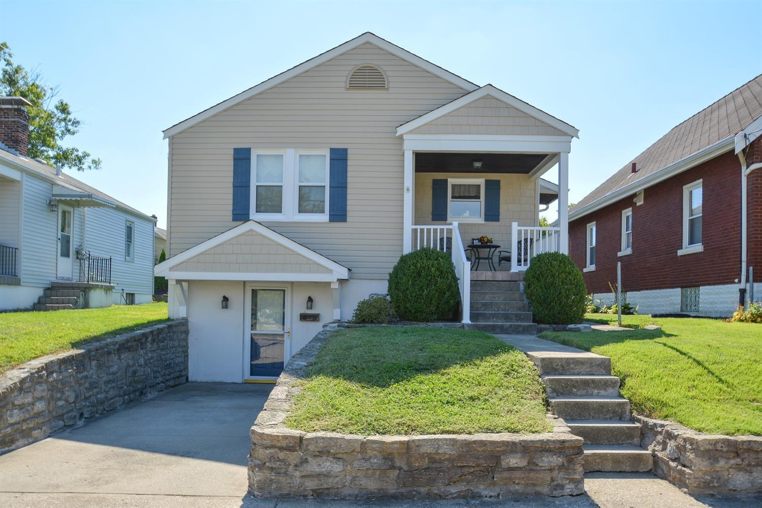 real estate photo 1 for 308 Stokesay St Ludlow, KY 41016