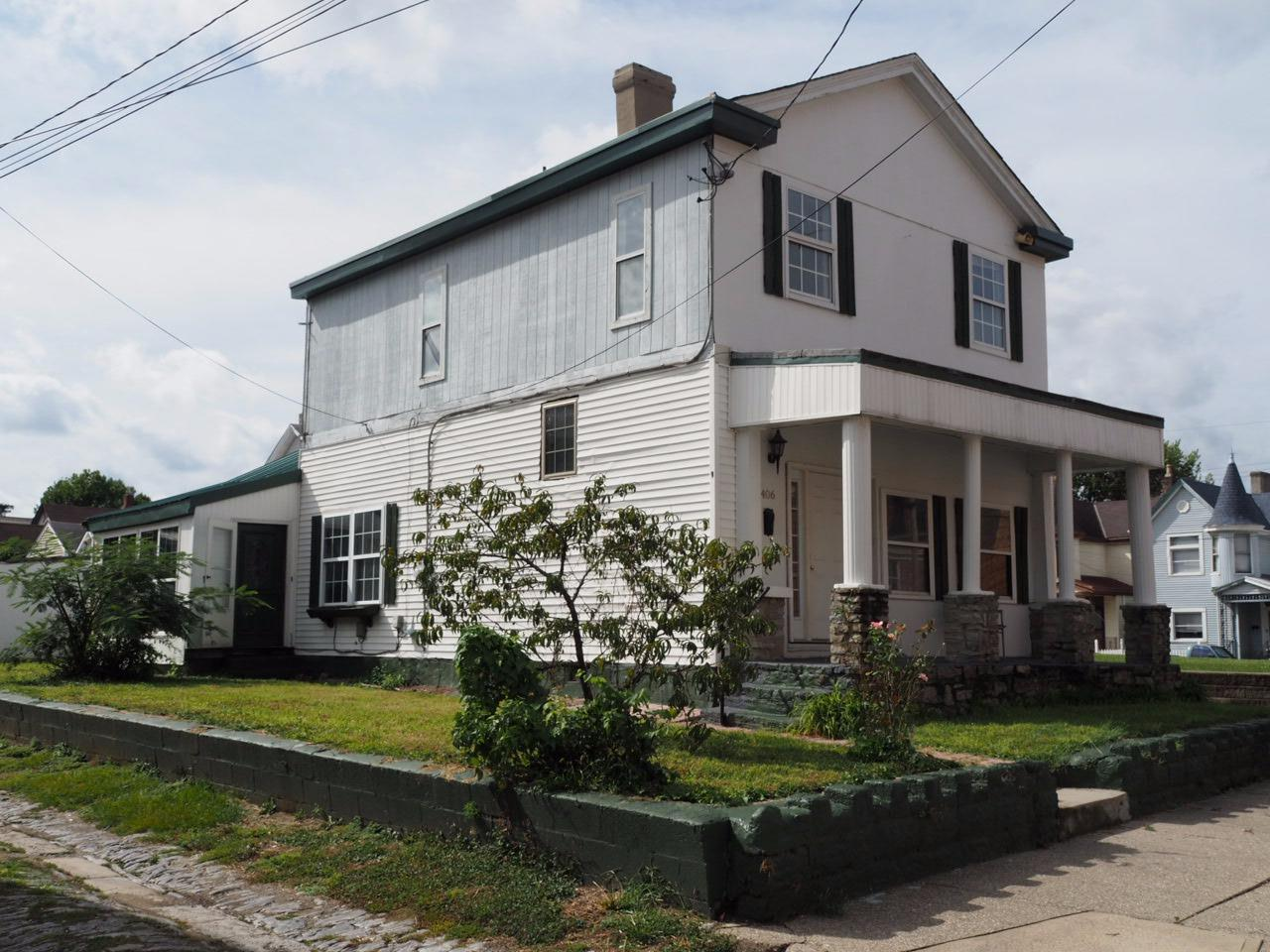 real estate photo 1 for 406 Berry St Dayton, KY 41074