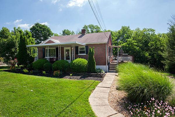 real estate photo 1 for 2970 Ridge Ave Hebron, KY 41048