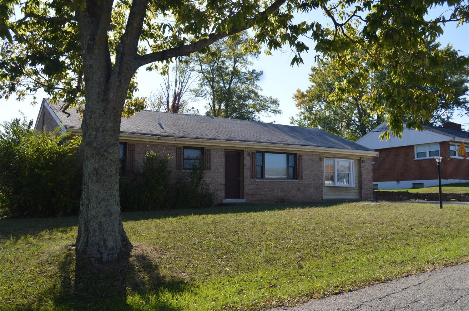 real estate photo 1 for 7009 Backus Dr Alexandria, KY 41001