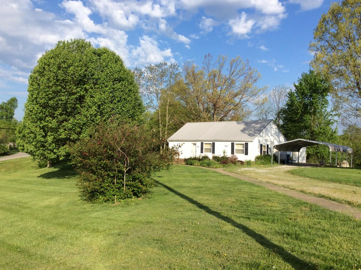 real estate photo 1 for 1625 Warsaw Rd Dry Ridge, KY 41035