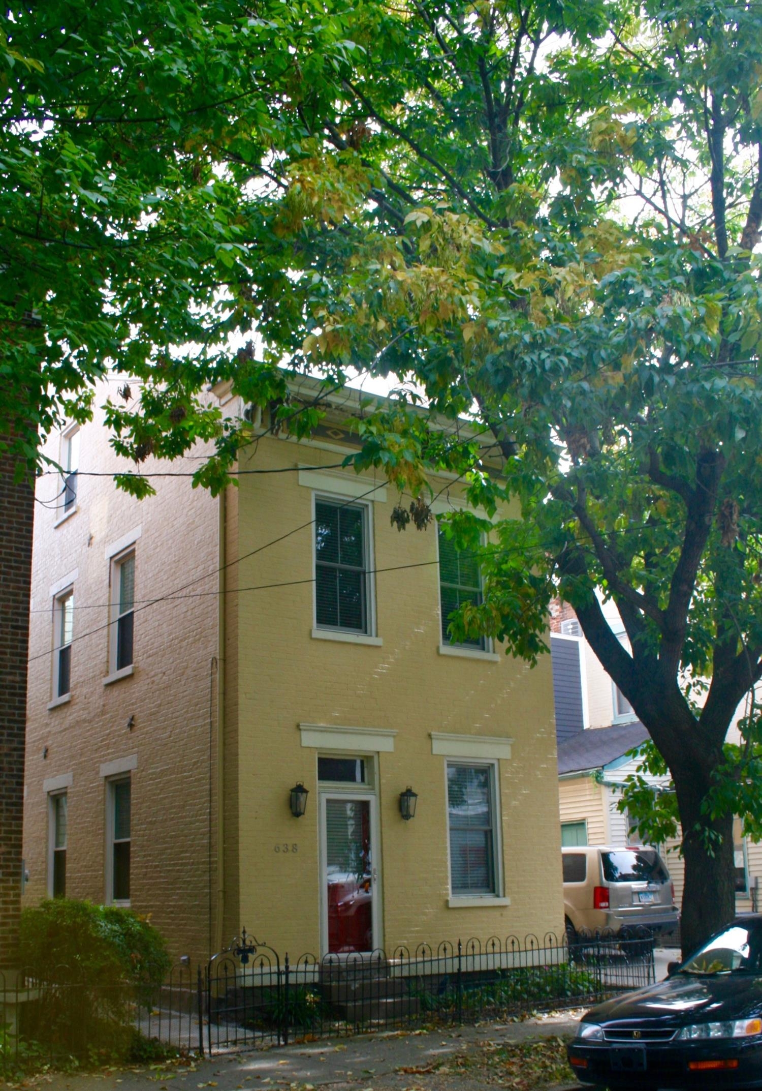 real estate photo 1 for 638 Bakewell St Covington, KY 41011