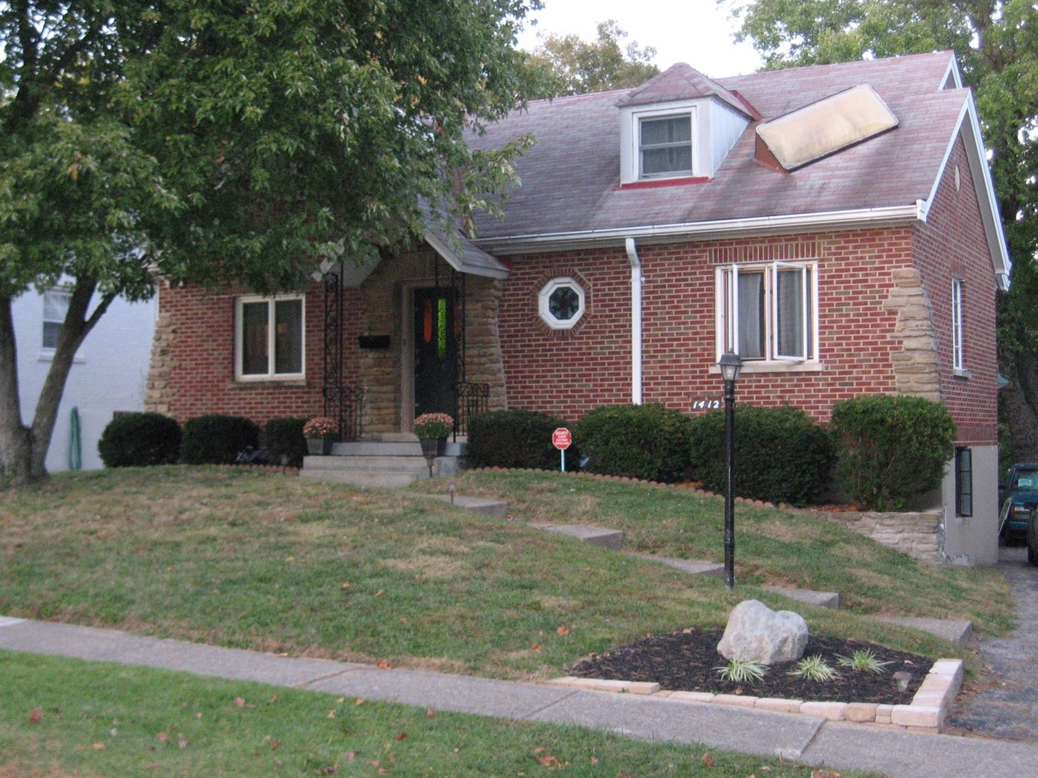 real estate photo 1 for 1412 E Henry Clay Ave Fort Wright, KY 41011