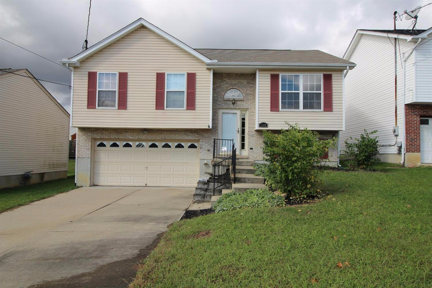 real estate photo 1 for 1503 Waterfall Way Elsmere, KY 41018