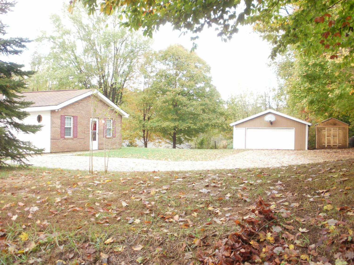 real estate photo 1 for 3757 Green Rd Burlington, KY 41005