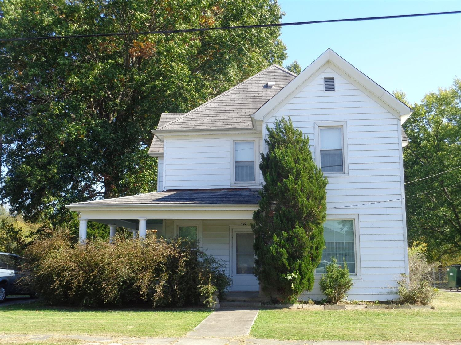 real estate photo 1 for 422 Beech St Falmouth, KY 41040