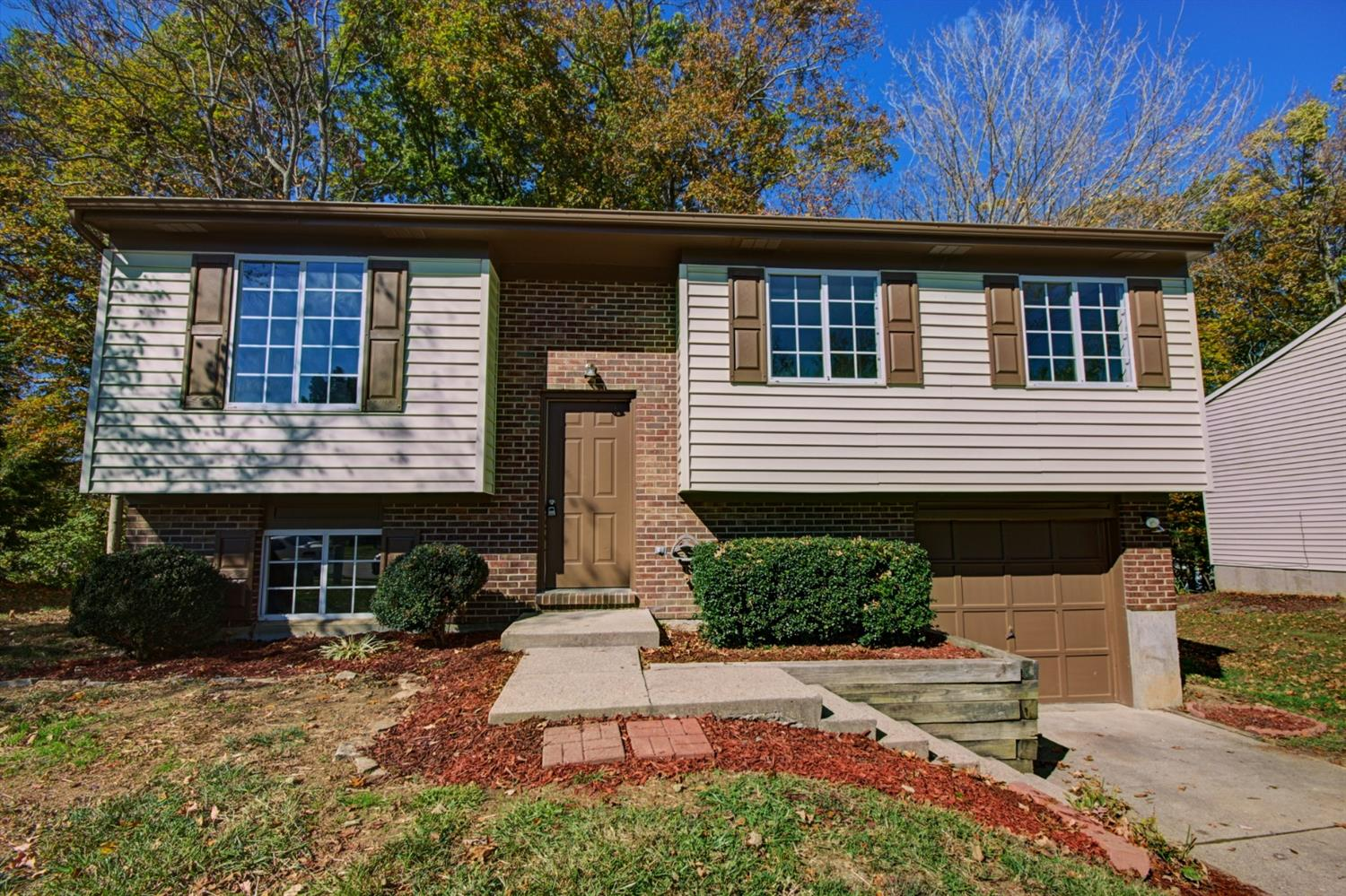 real estate photo 1 for 54 Ridgewood Dr Alexandria, KY 41001