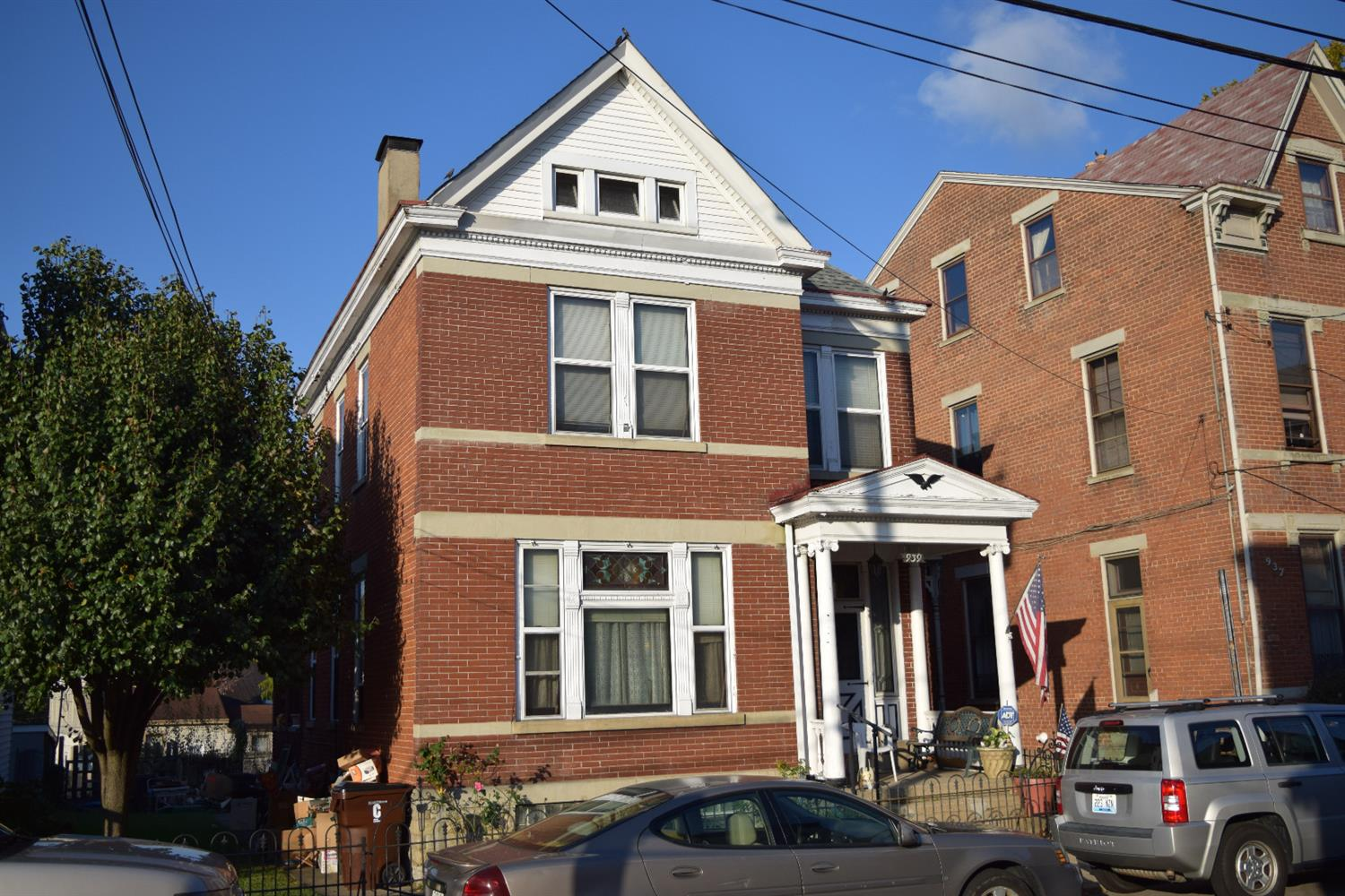 real estate photo 1 for 939 York St Covington, KY 41011