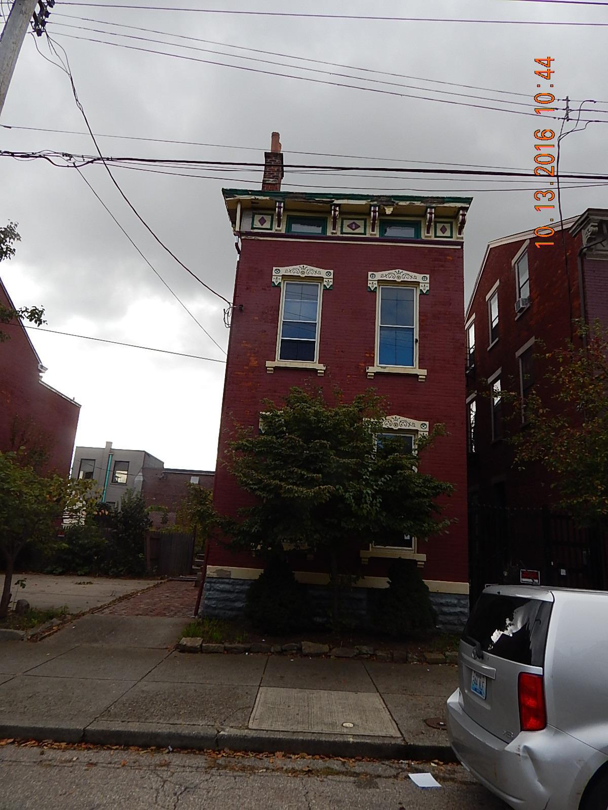 real estate photo 1 for 29 W 15th St Covington, KY 41011