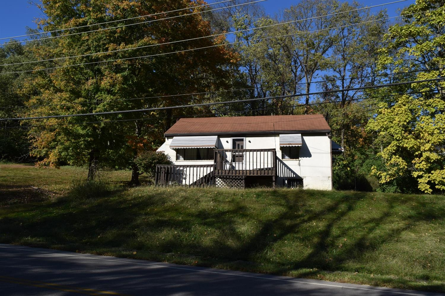 real estate photo 1 for 2138 Amsterdam Rd Crescent Springs, KY 41017