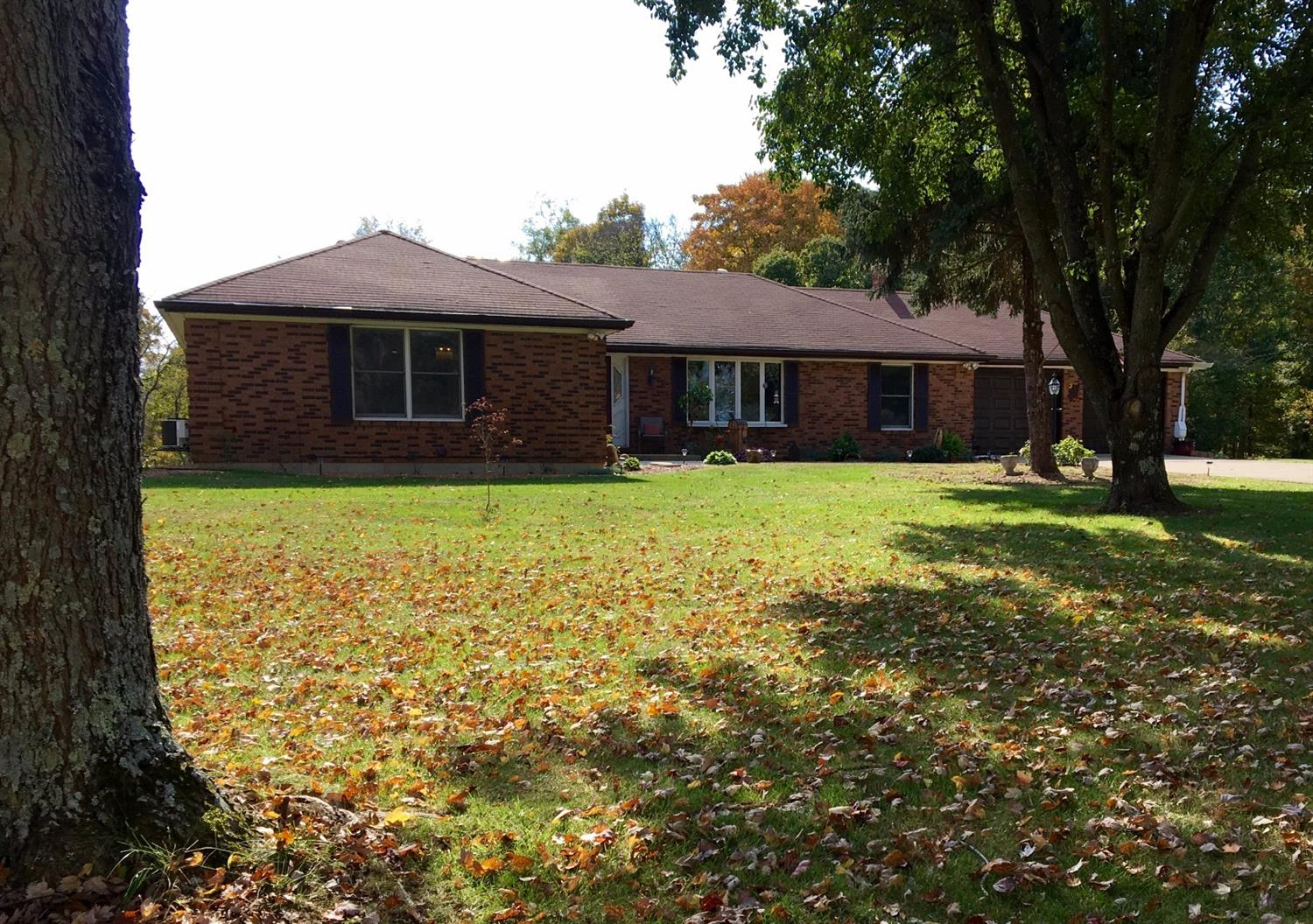real estate photo 1 for 385 Bracht-Piner Rd Crittenden, KY 41030