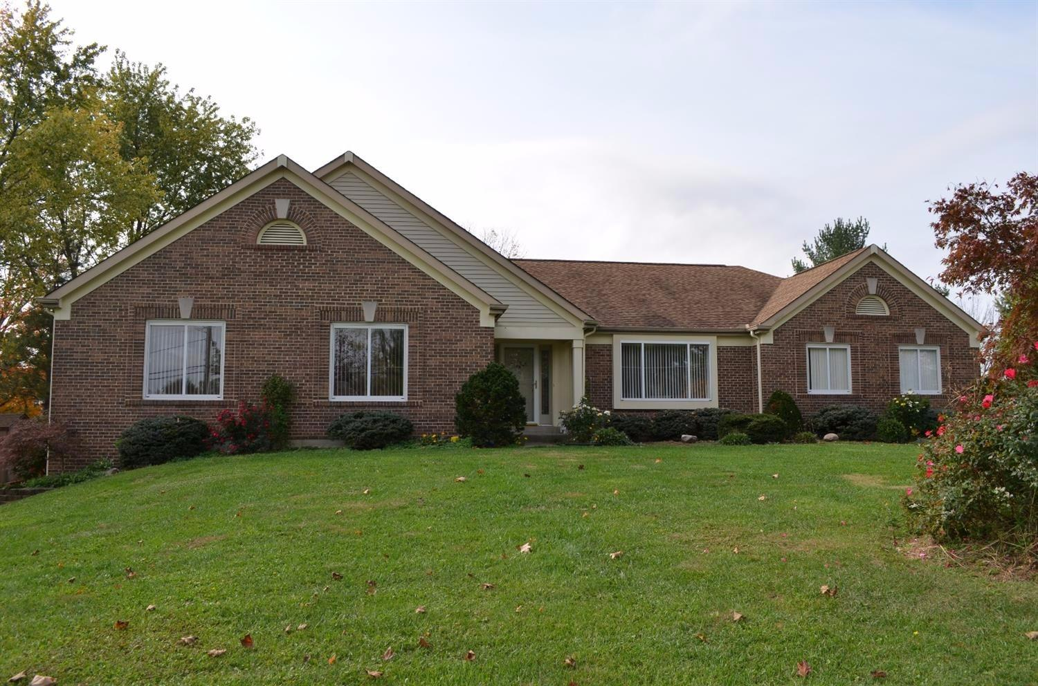 real estate photo 1 for 1379 Boone Aire Rd Florence, KY 41042