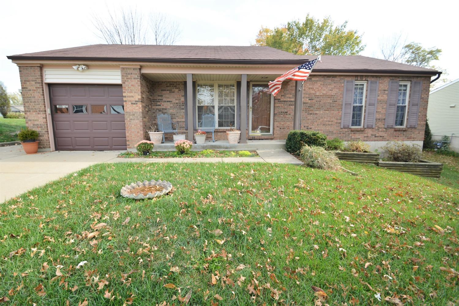 real estate photo 1 for 1513 Woodside Dr Florence, KY 41042