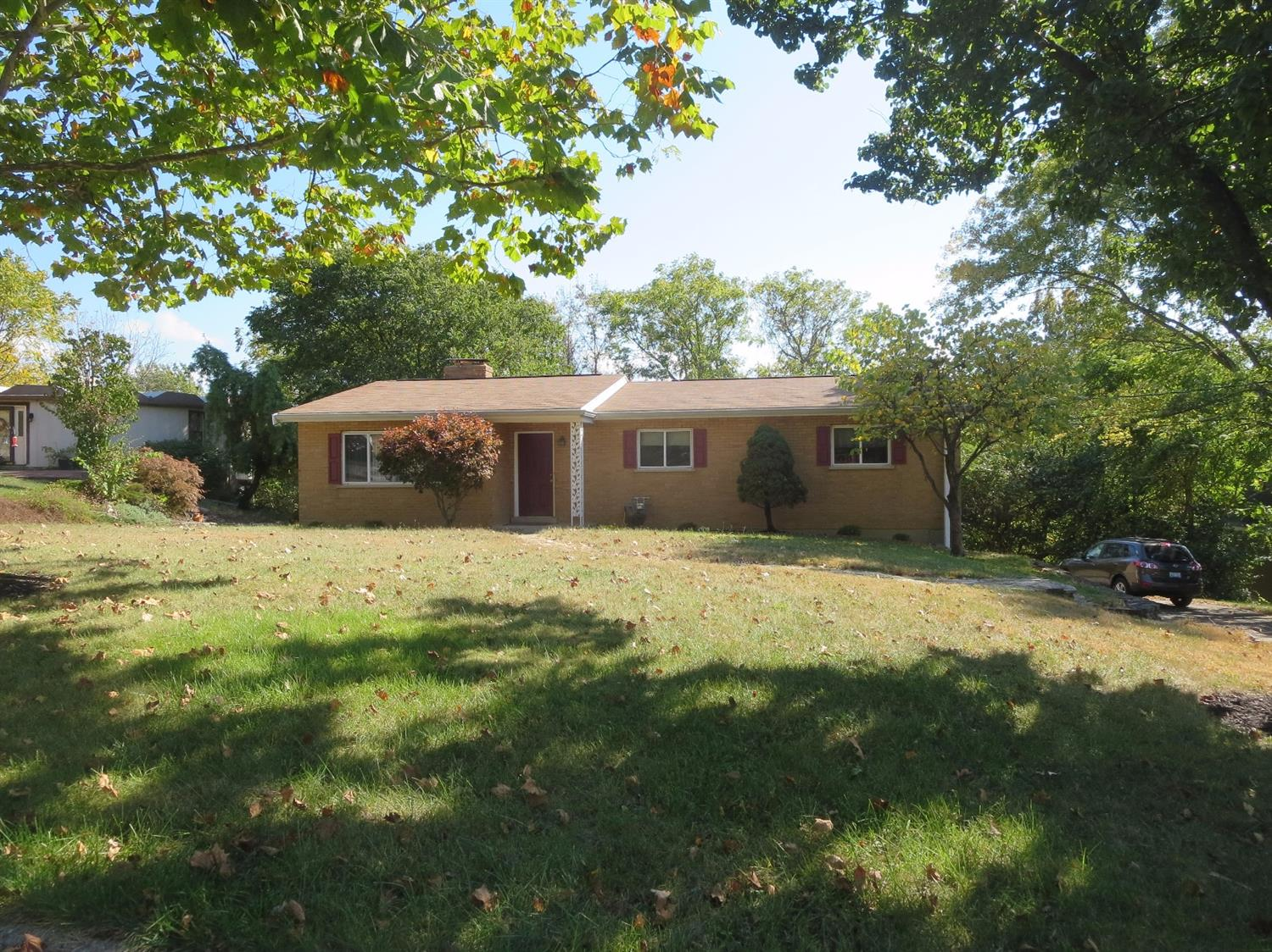 real estate photo 1 for 677 Leland Dr Taylor Mill, KY 41015
