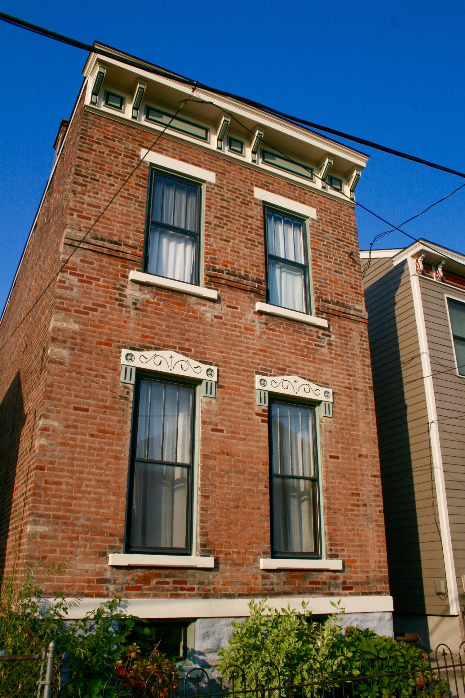 real estate photo 1 for 306 Berry St Covington, KY 41011