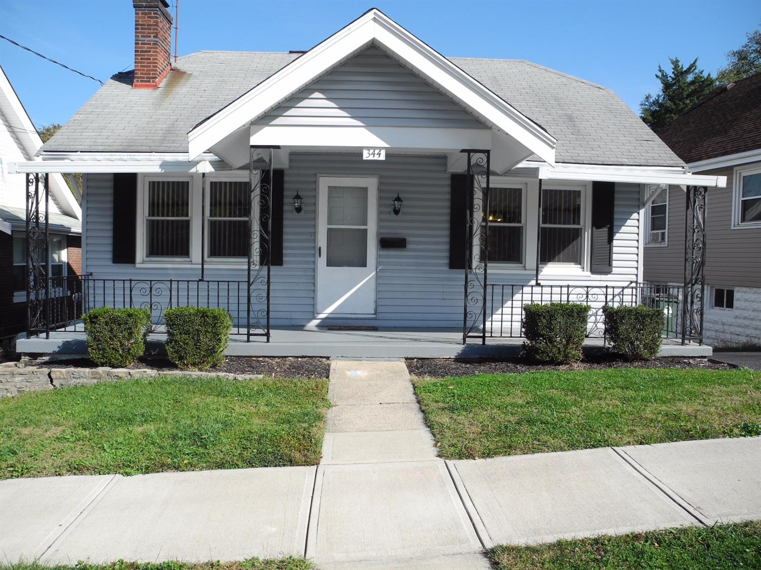 real estate photo 1 for 344 Linden Ave Southgate, KY 41071