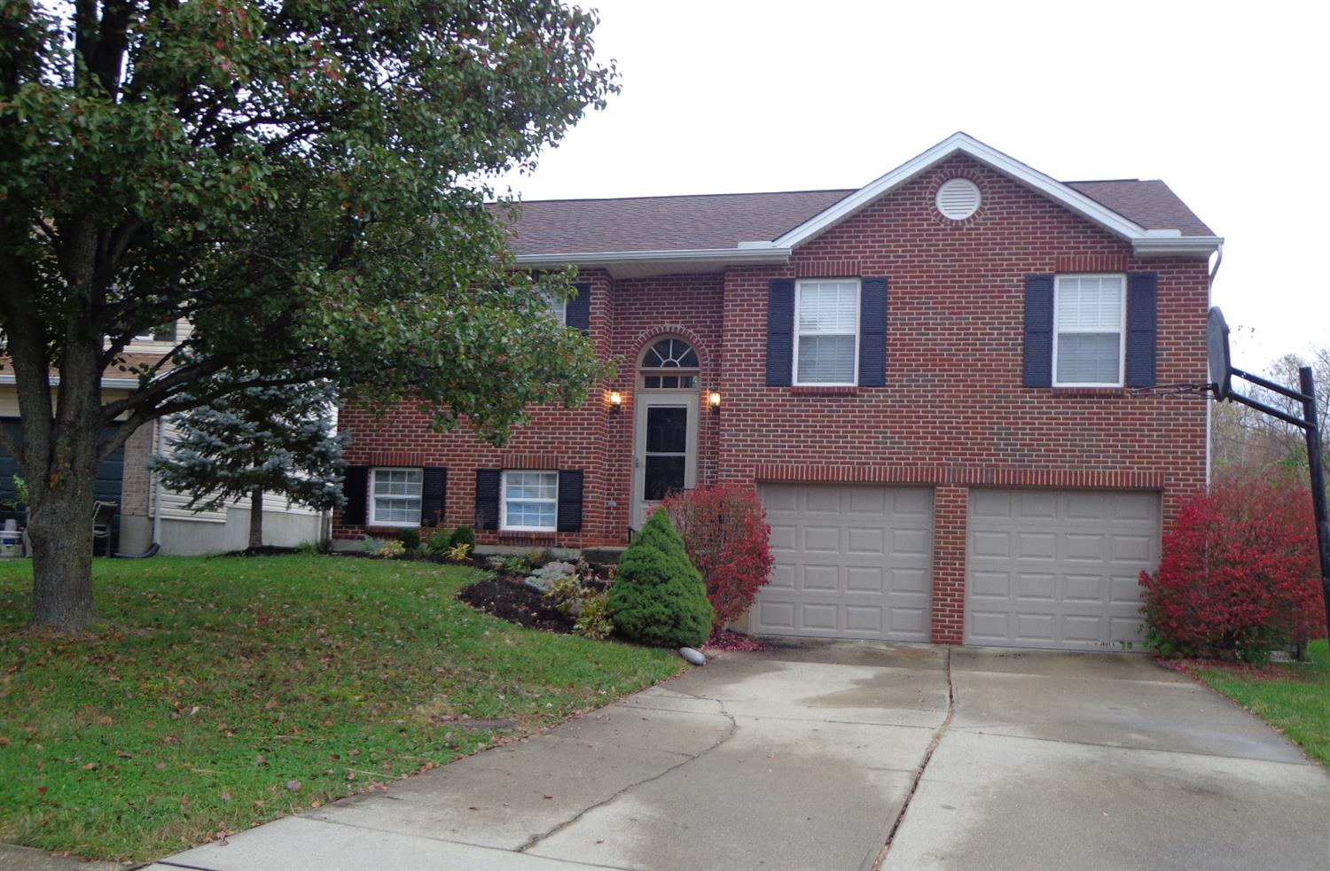 real estate photo 1 for 2700 Berwood Ln Hebron, KY 41048
