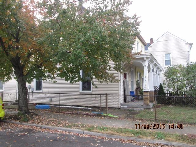 real estate photo 1 for 401 Clark St Bellevue, KY 41073