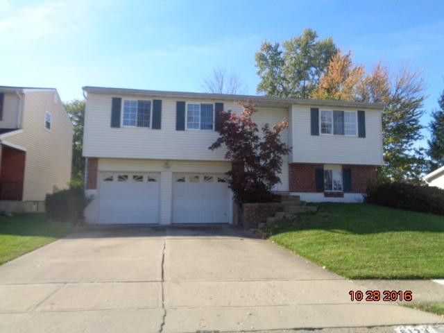 real estate photo 1 for 6123 Spicewood Ave Florence, KY 41042