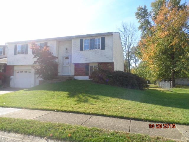 real estate photo 2 for 6123 Spicewood Ave Florence, KY 41042