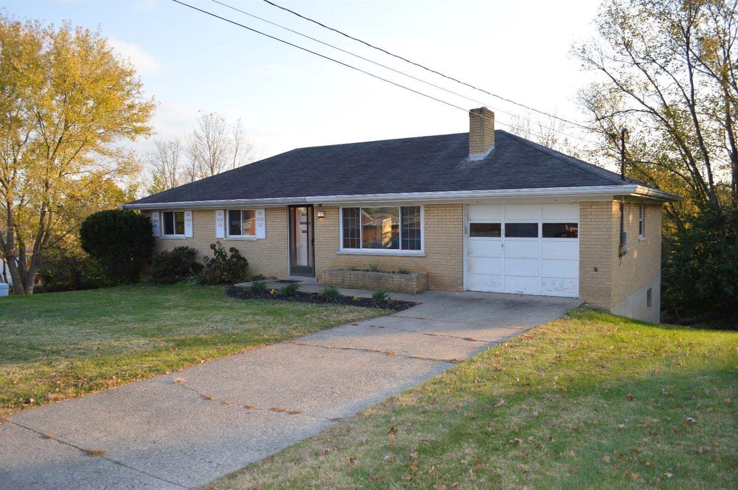 real estate photo 1 for 14 Dorothy Dr Highland Heights, KY 41076