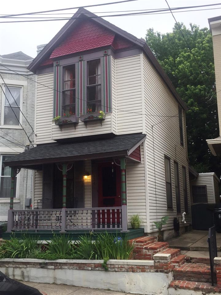 real estate photo 1 for 134 W 10th St Covington, KY 41011