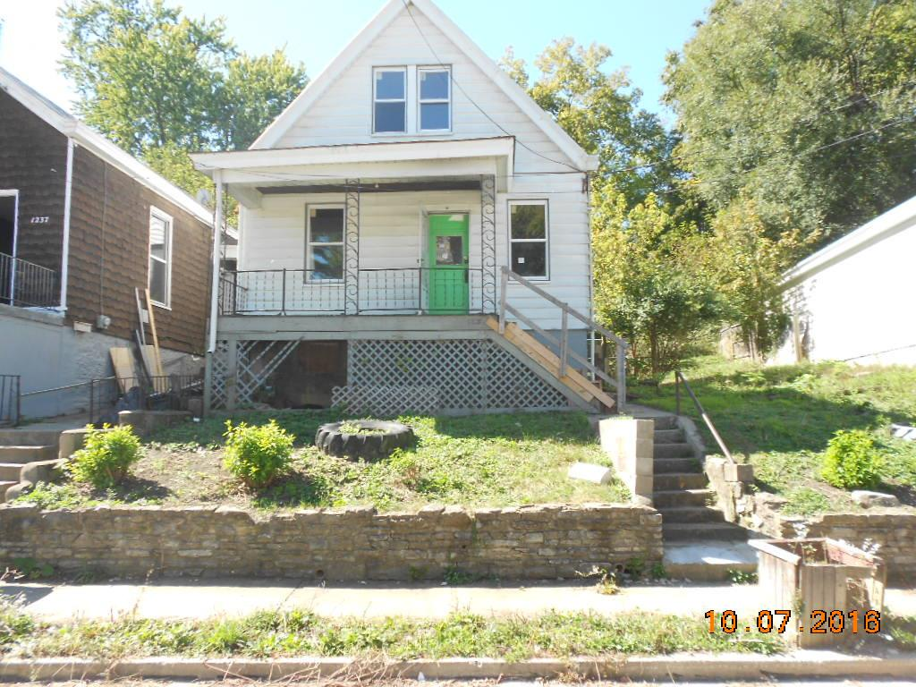 real estate photo 1 for 1235 Hermes Ave Covington, KY 41011
