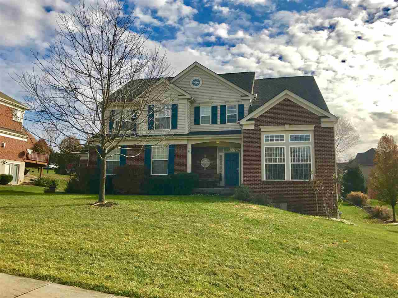 real estate photo 1 for 1591 Grandview Dr Hebron, KY 41048