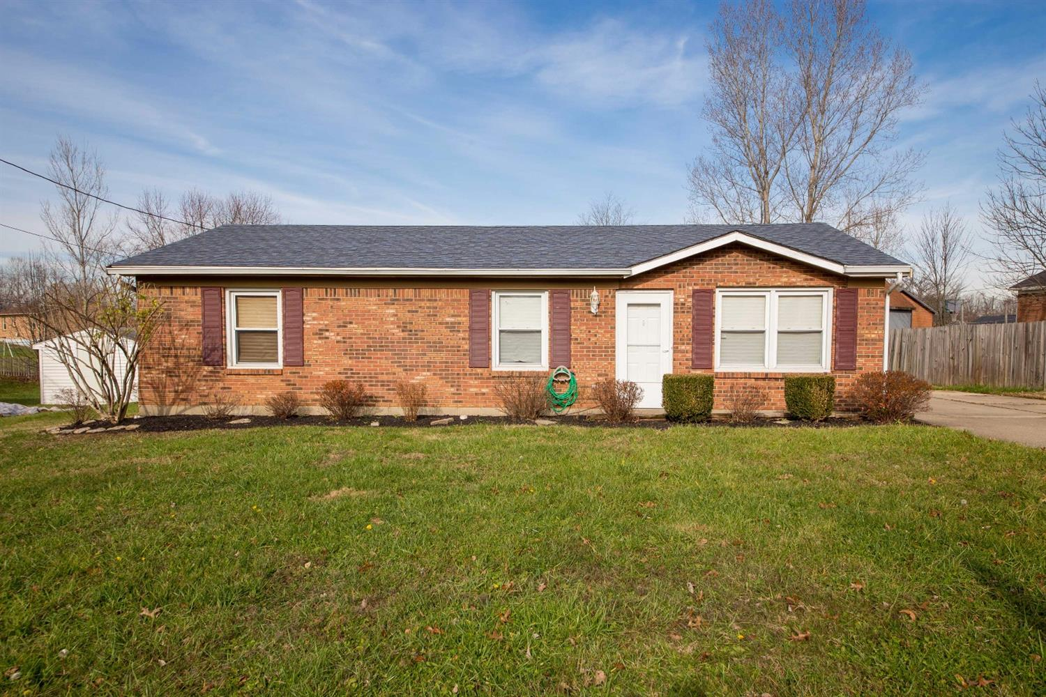 real estate photo 1 for 2974 Jennifer Ct Burlington, KY 41005