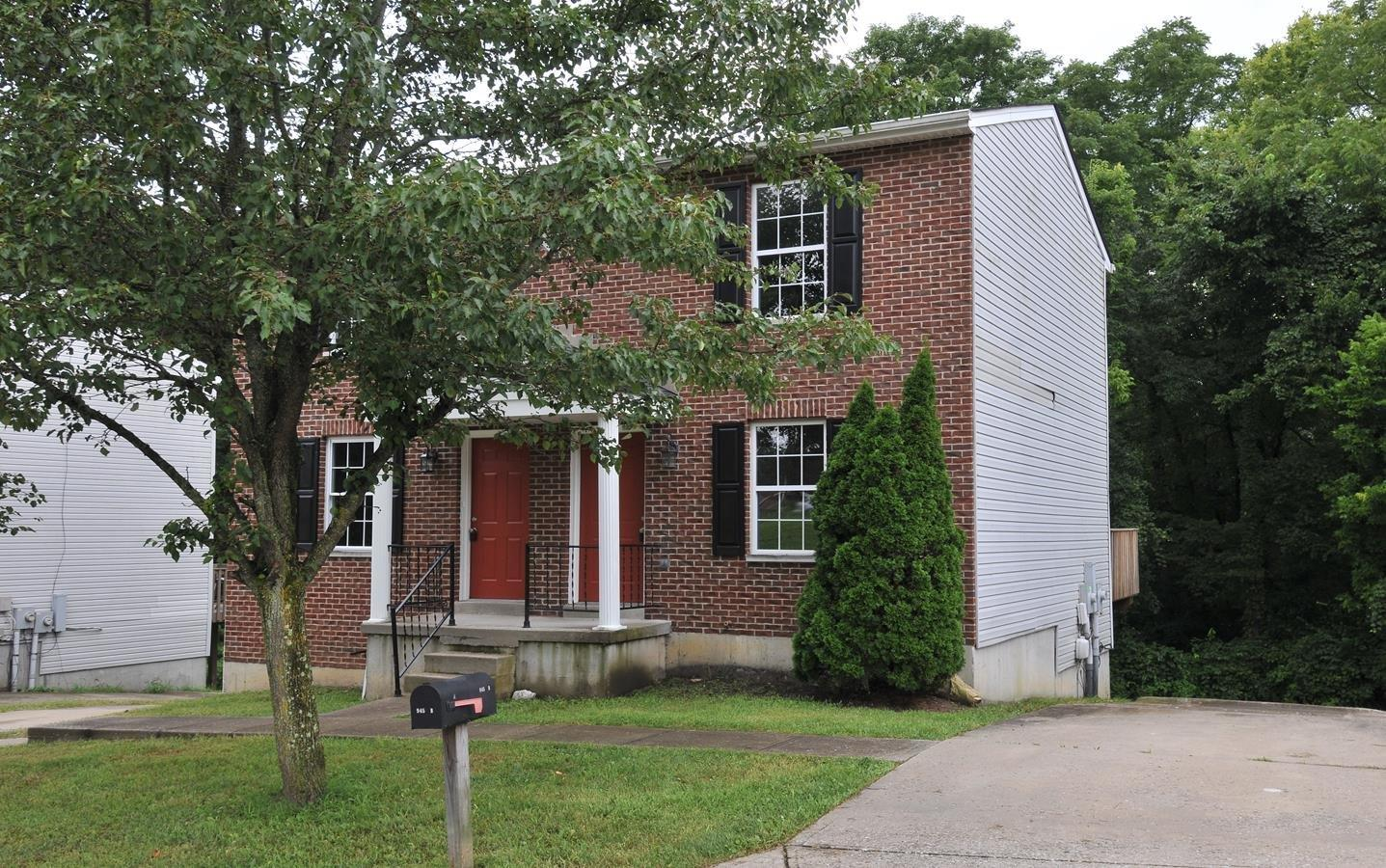 real estate photo 1 for 945 Still Meadow Ln, A Independence, KY 41051