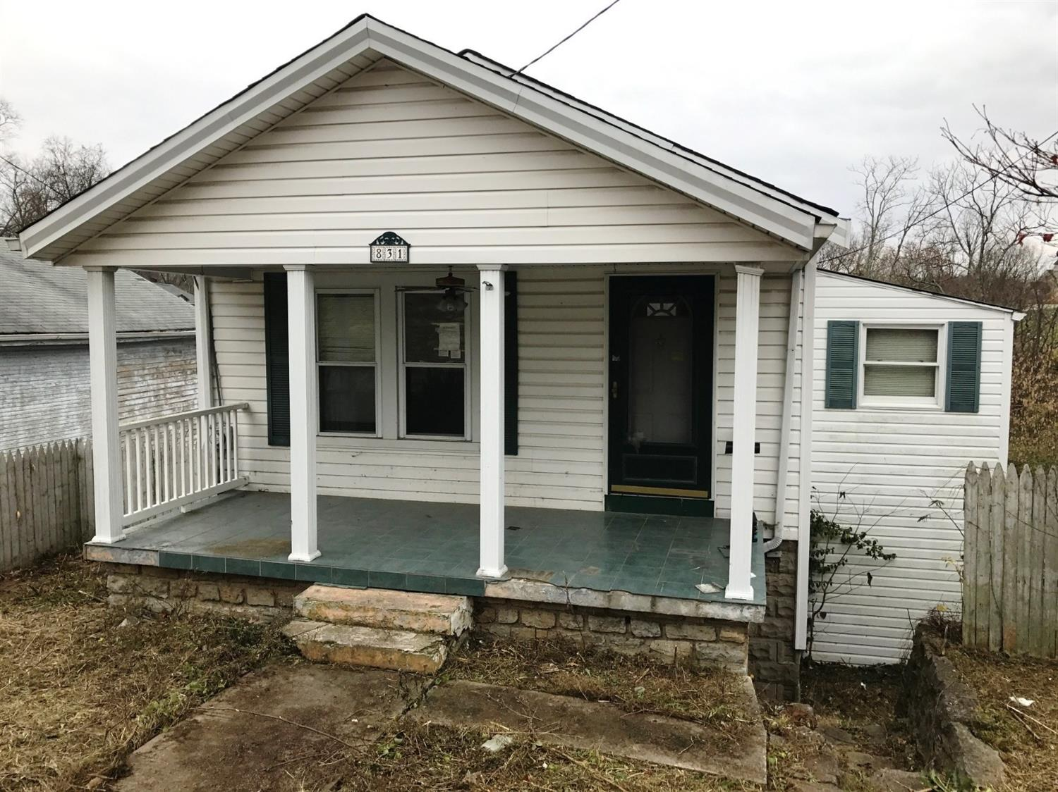 real estate photo 1 for 831 Eustace Ave Fort Thomas, KY 41075